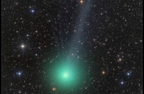 Comet Lovejoy by Damian Peach (APOD Dec 25, 2014)